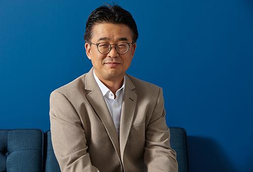 Muhwan  Yun